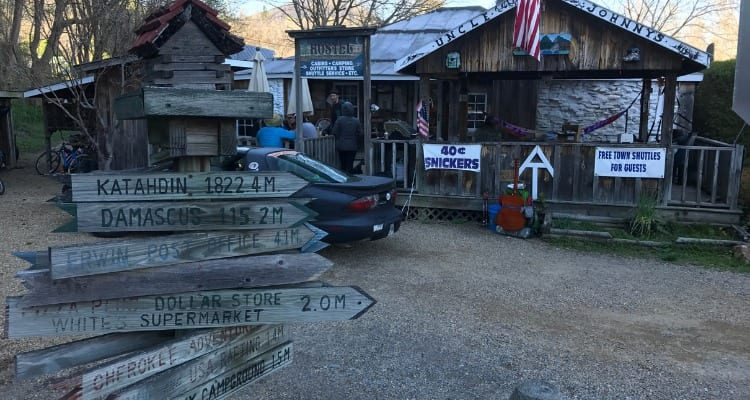 Uncle Johnny's Nolichucky Hostel and Outfitters