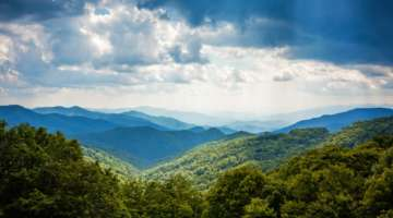20 Places to Rest While Hiking the Appalachian Trail | AdventureHacks